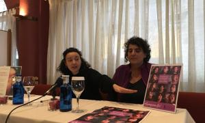Aurora Baena i Antònia Escola en la presentació dels actes amb motiu del Dia de la dona treballadora, ahir.