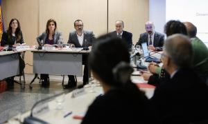 Un moment de la reunió de la comissió nacional de la infància i l'adolescència, ahir a la tarda.