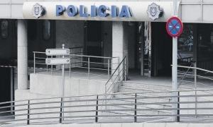 Edifici administratiu de la policia.