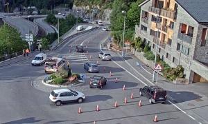 Vista de la rotonda d'Anyós, punt on va tenir lloc l'accident d'ahir.