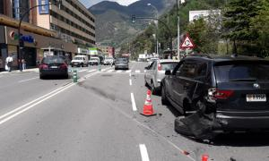 Lloc de l'incident amb els vehicles implicats.