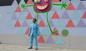 L'art urbà de Monsieur Térez posa color a Escaldes-Engordany L'art urbà de Monsieur Térez posa color a Escaldes-Engordany