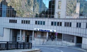 L'edifico de la Policia.