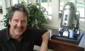 L'escriptor lleidatà repeteix premi: el 2005 ja es va endur el Carlemany amb 'Els llops'.