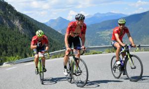 Comú d'Encamp / Imatges de tres ciclistes durant la marxa cicloturista 'La Purito Andorra'.