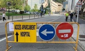 Accés a l'hospital des del carrer de la Unió