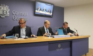 Els consellers generals de Terceravia Joan Carles Camp, Josep Pintat i l'ara cònsol electe de Sant Julià, Josep Majoral.