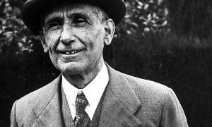 El Mestre, a Prada de Conflent, on va traspassar el dia de Nadal del 1948, un any després del periple andorrà per testar davant del notari Rossend Jordana.
