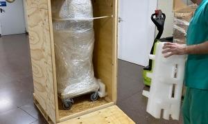 Els nous ventiladors, encara embalats, a les instal·lacions del SAAS.