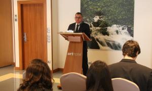 El director de FEDA, Albert Moles, fa balanç del 2018 en els moments previs al dinar de Nadal amb la premsa.