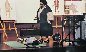 La soprano, en una de les classes magistrals que impartia al concurs de cant, que es va convocar entre el 1999 i el 2003.