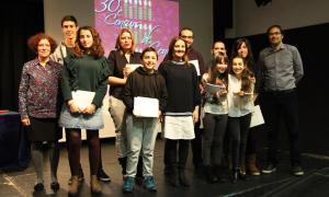 Foto de família dels guanyadors, ahir a la Llacuna, amb la ministra Olga Gelabert.