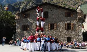 La Colla Castellera rebrà 5.300 euros per celebrar l'aniversari del bateig casteller i per la festa major.