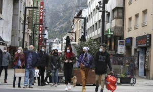 El mes passat van entrar al país 136.942 visitants.