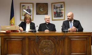 ANA/ Trini Marín, Joan Enric Vives i Marc Calvet