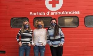 Els voluntaris poden recollir les mascaretes a la seu de la Creu Roja.