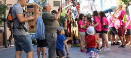 Els gegants plantats a la plaça Major de Sant Julià de Lòria el dia que es van celebrar els actes dels 35 anys.