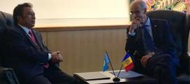 El cap de Govern, Toni Martí, amb el president de la República de Palau, Tommy Esang Remengesau.