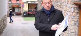 Miquel Canturri, va explicar les zones on afectarà el canvi de pavimentació.