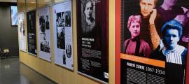La mostra sobre Marie Curie que es pot veure a la Universitat d'Andorra.