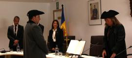 El moment en què Miquel Canturri ha jurat el càrrec com a cònsol menor d'Andorra la Vella.