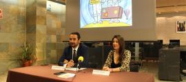 Jordi Serracanta i Estefania Troguet durant la roda de premsa celebrada aquest dilluns.