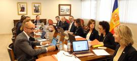 Un moment de la primera reunió del consell de ministres.