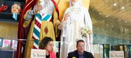 La cap de Cultura, Laura Rogé, i el conseller de Cultura, Josep Lluís Donsión, presenten les novetats de la 17a edició de la Vila Medieval de Sant Julià de Lòria.