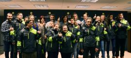 L'equip dels Special Olympics amb la nova equipació