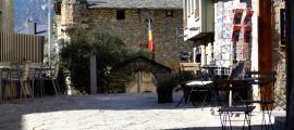 La proposta busca integrar les terrasses en l'espai públic del centre històric.