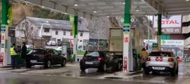 Una benzinera.