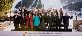 Fotografia de família dels representants d'Afers Exteriors que es van reunir a Soldeu.