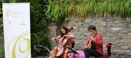 Un moment de l'actuació del duo Font Bartumeu, aquest dissabte passat.