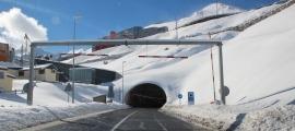 L'entrada del túnel d'Envalira.