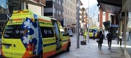 Fins al lloc dels fets s'han traslladat dues ambulàncies.
