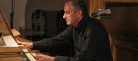 L'intèrpret d'orgue italià, Fausto Caporali, en un concert en el marc del festival Orgue&And.