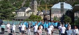 Els informadors turítics que treballaran aquest any per al Comú amb la cònsol major, Conxita Marsol i el conseller de Cultura i Promoció Turística, Miquel Canturri.