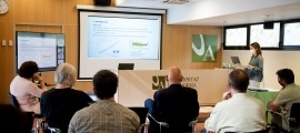 Un moment de la defensa de la tesi doctoral realitzada per Cristina Pesado Pons sobre la sostenibilitat de l'aigua a Andorra.