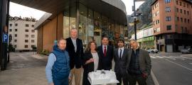 Ramon Rossell, Guillem Areny, Emelin Torm, Gilles Meillet, Borja Ferrater i Joan Rossell a la zona on es preveia el casino.
