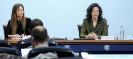 Helena Mas i Mireia Garcia, en la roda de premsa d'aquesta tarda.