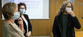 La consellera del PS, Judith Salazar, amb la ministra Judith Pallarés, i la subsíndica, Meritxell Palmitjavila.