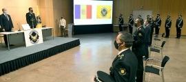 Un moment de la cerimònia de jurament dels agents.