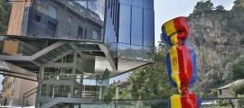 L'edifici que ha aixoplugat la sala ArtalRoc i, abans, el museu de l'aigua