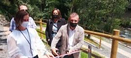 Les autoritats lauredianes inauguren l'Espai del Benestar, aquest dijous.