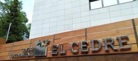 Vista exterior del centre sociosanitari del Cedre.