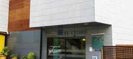 Vista de l'entrada del centre sociosanitari del Cedre.
