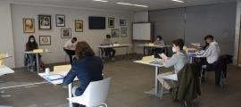 Una de les comissions de treball del 19è Consell General dels Joves.