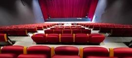 La platea del teatre després de la intervenció que ara acabarà de polir-se.