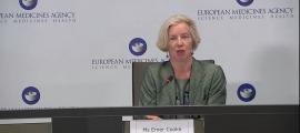 Emer Cooke, directora de l'agència europea del medicament, durant la roda de premsa.
