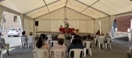 Un instant de la missa celebrada aquest matí a Soldeu amb motiu de Sant Bartomeu.